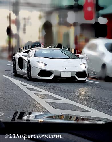 Lamborghini Aventador ランボルギーニ アヴェンタドール